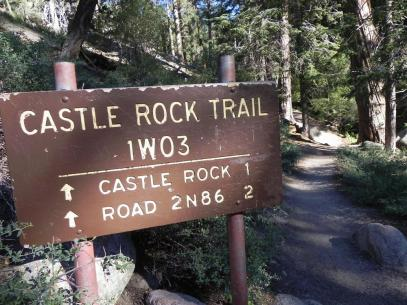 Castle-Rock-Trail-Sign_1000